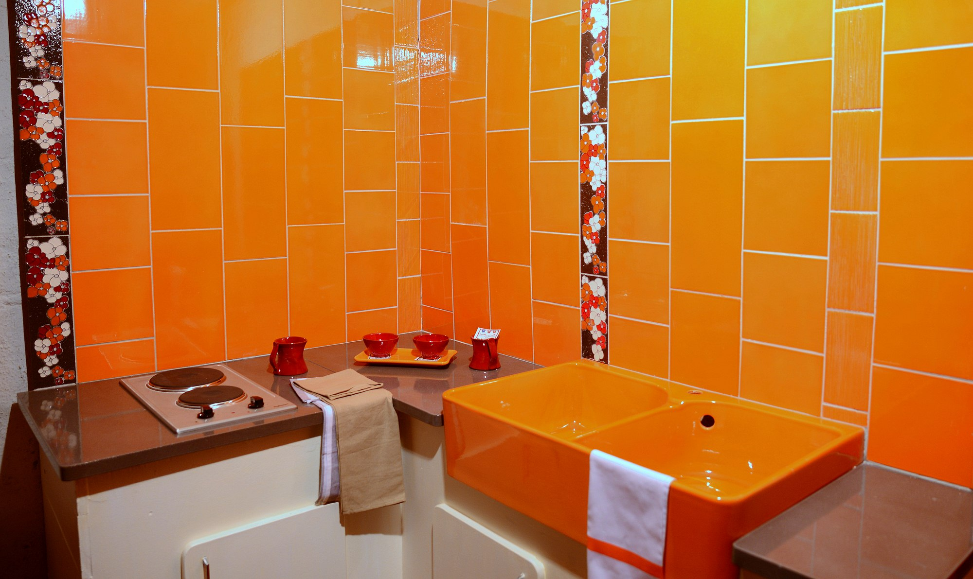 carrelage salle de bain orange