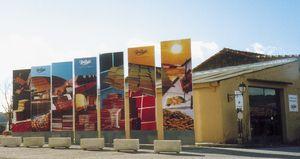 Salle d'exposition Carrelages Pierre Boutal - Fabricant de Carrelage et de Lave Emaillée - Céramique Artisanale à Salernes en Provence